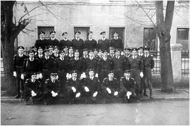 Групповое фото сотрудников Черновицкого Беркута 16.01.1993 года.