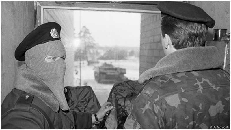 Бойцы Вильнюского ОМОНа (фото взято с сайта LIVEJOURNAL.COM)